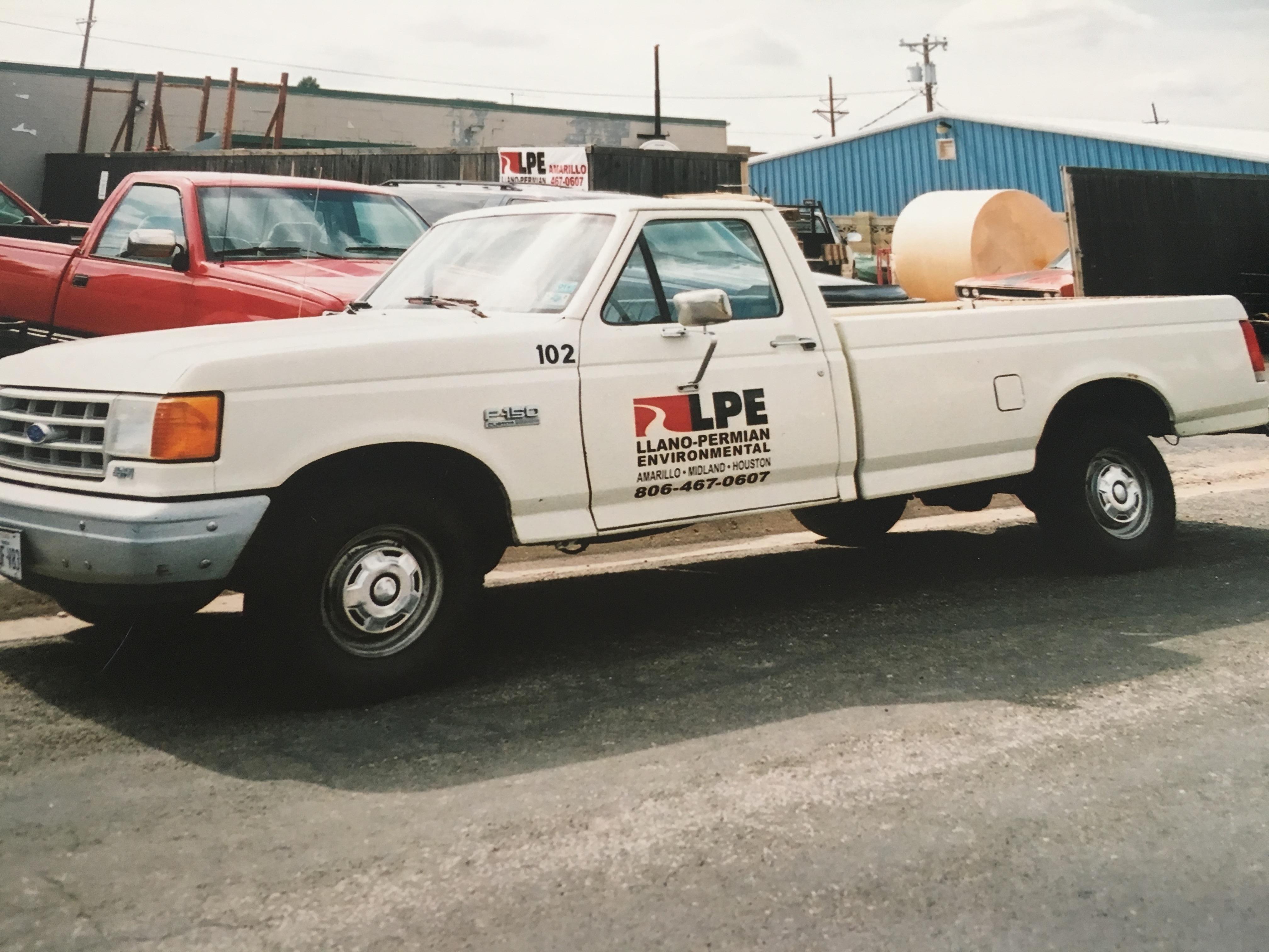 Talon/LPE Truck with Logo